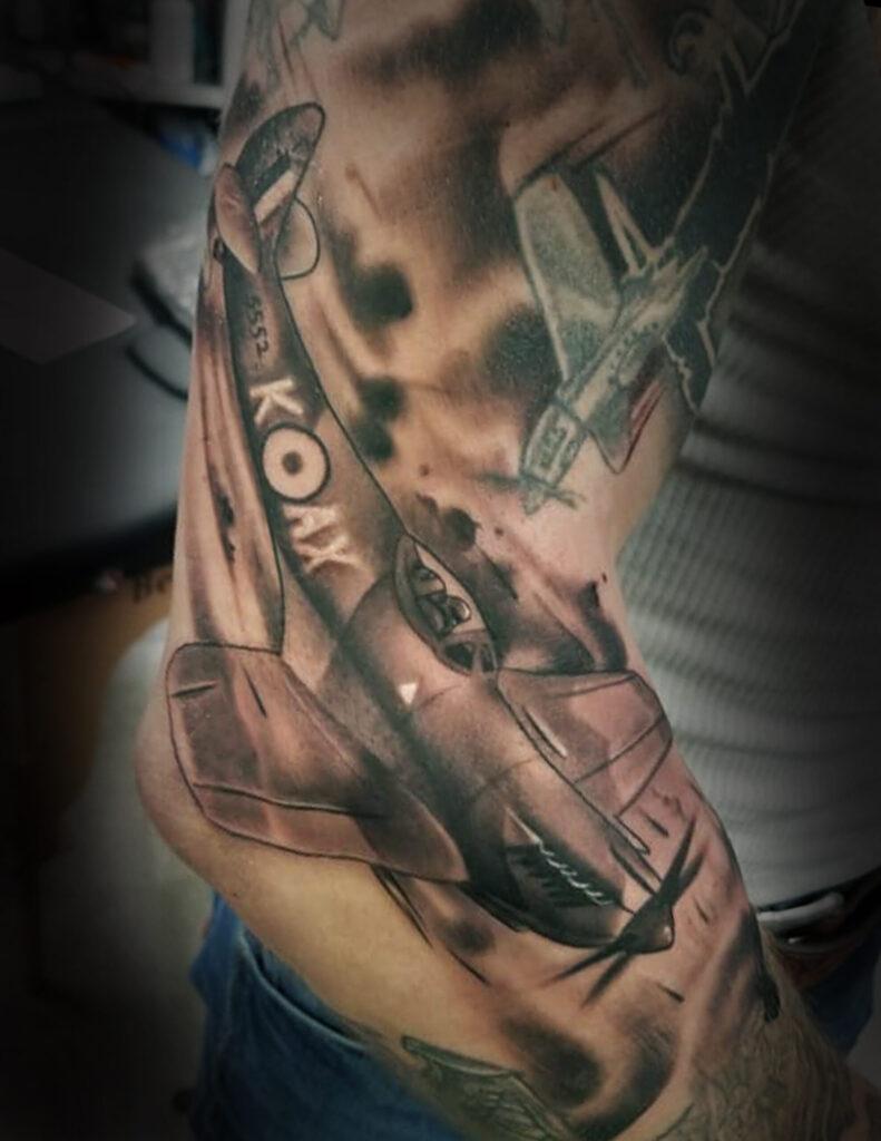 Tattoo artist Boise McNabb