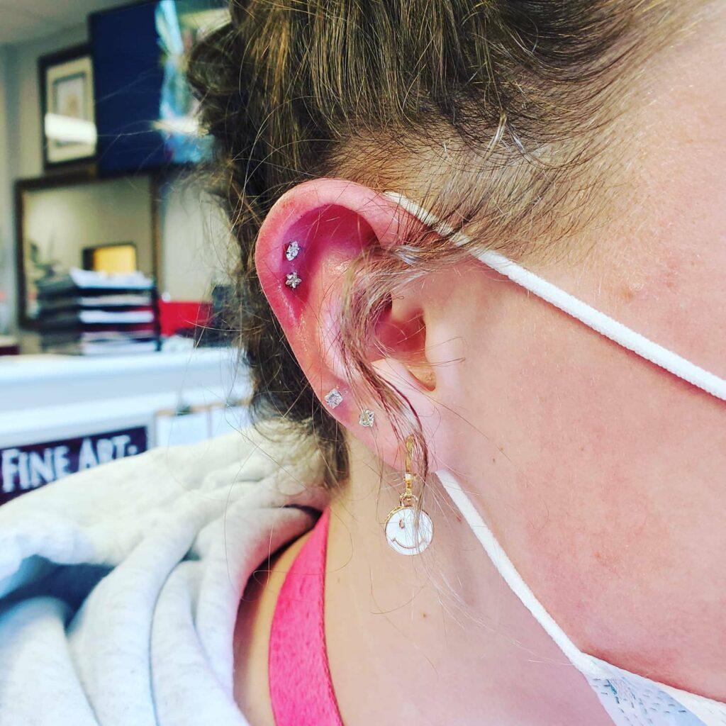 upper lobe, standard lobe piercing